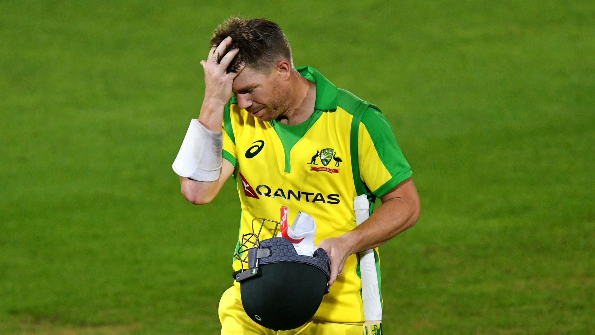 Warner offers no excuses after Australia batting collapse
