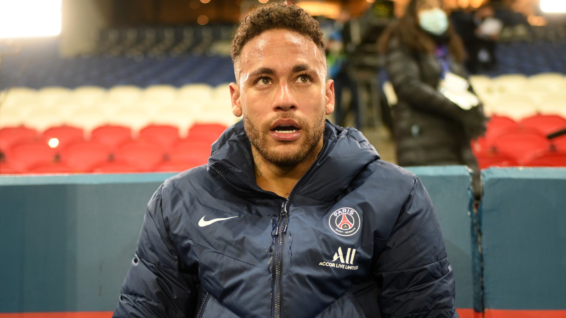 Neymar says PSG renewal no longer an issue amid Barca links