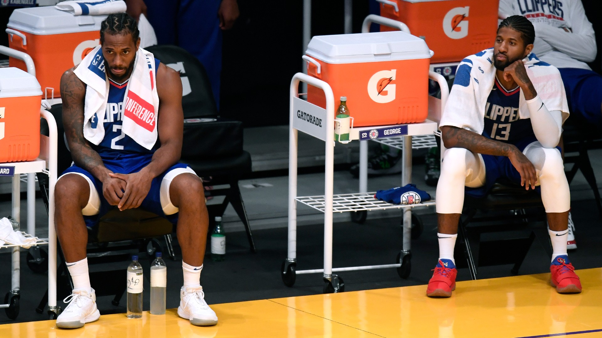 Clippers pair George, Ibaka join Kawhi on sidelines against Pistons
