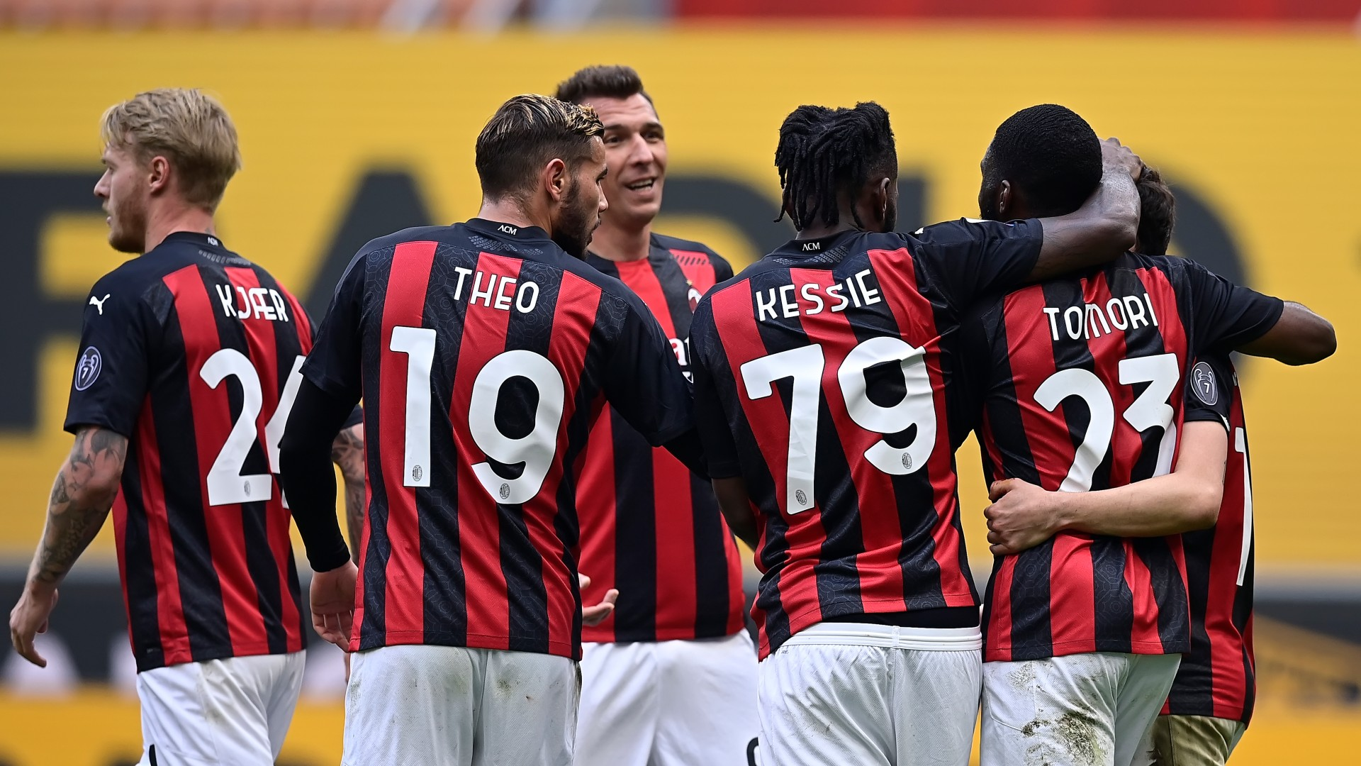 Milan 2-1 Genoa: Own goal keeps Rossoneri in the hunt