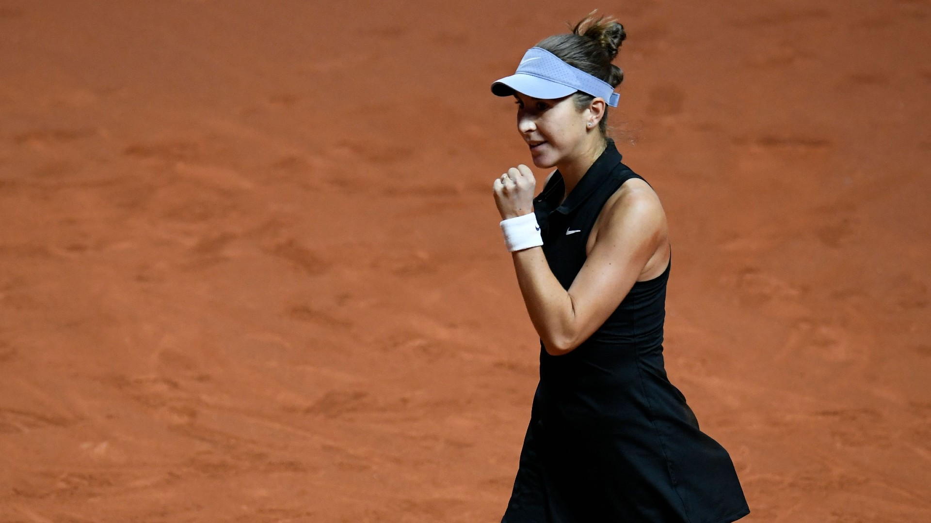 Bencic ends clay-court drought in Stuttgart