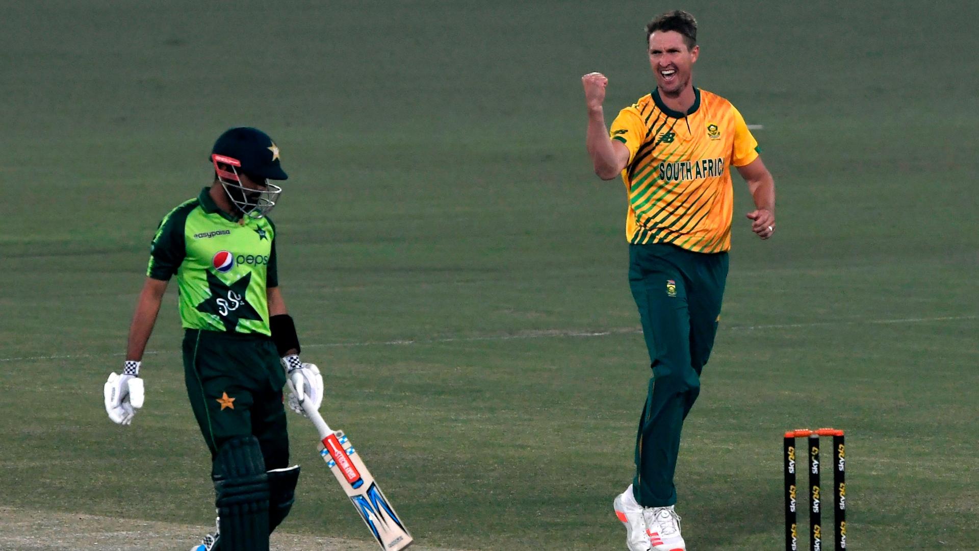 Pretorius shines as South Africa level series against Pakistan