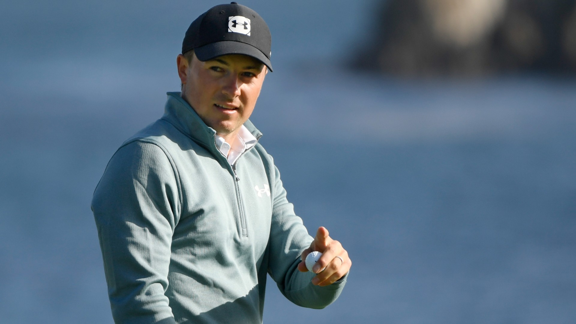 Spieth extends Pebble Beach lead to move within touching distance of drought-ending title