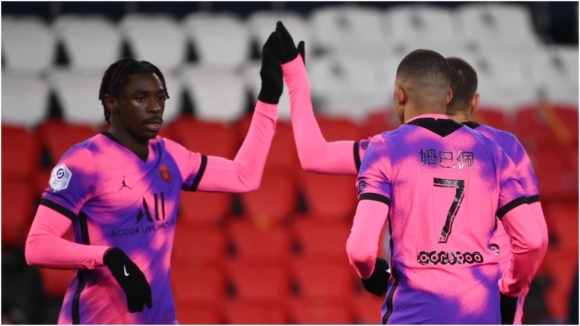 Paris Saint-Germain 2-1 Nice: Kean sends Pochettino's side top