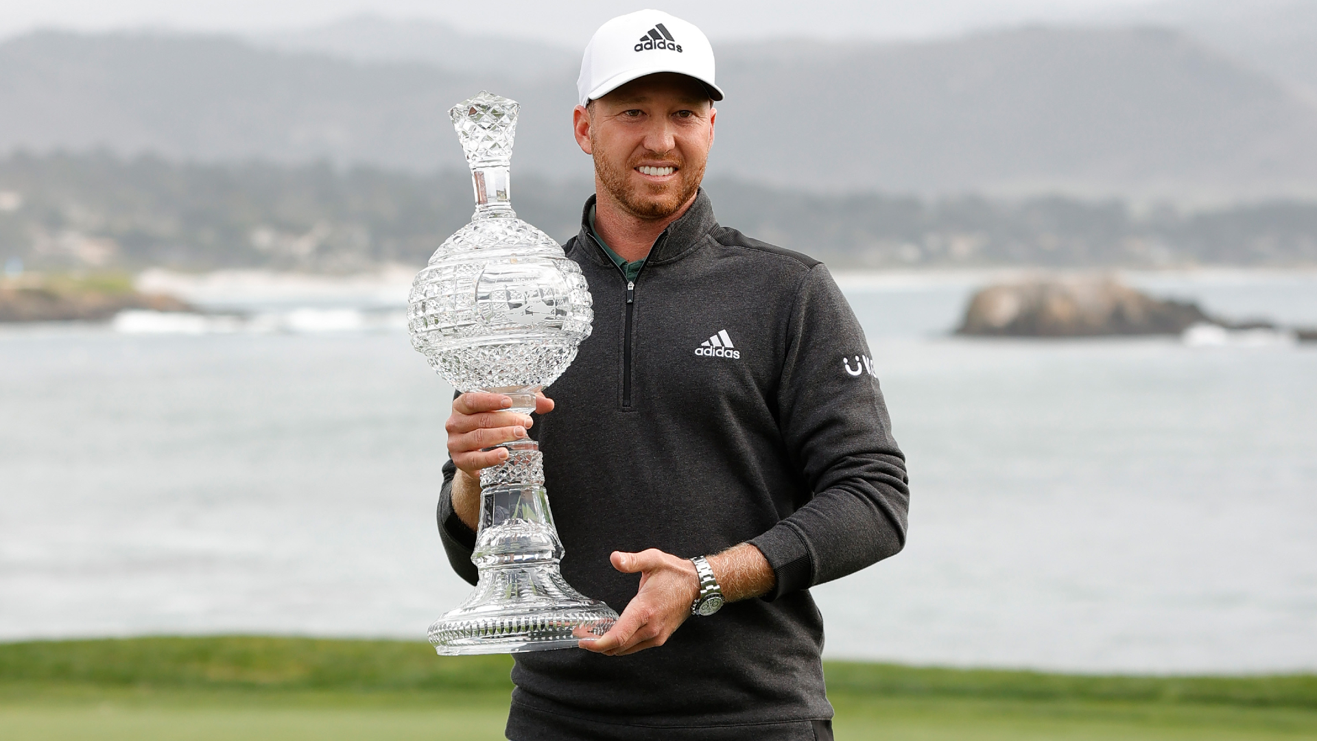 Berger wins at Pebble Beach as Spieth's wait goes on