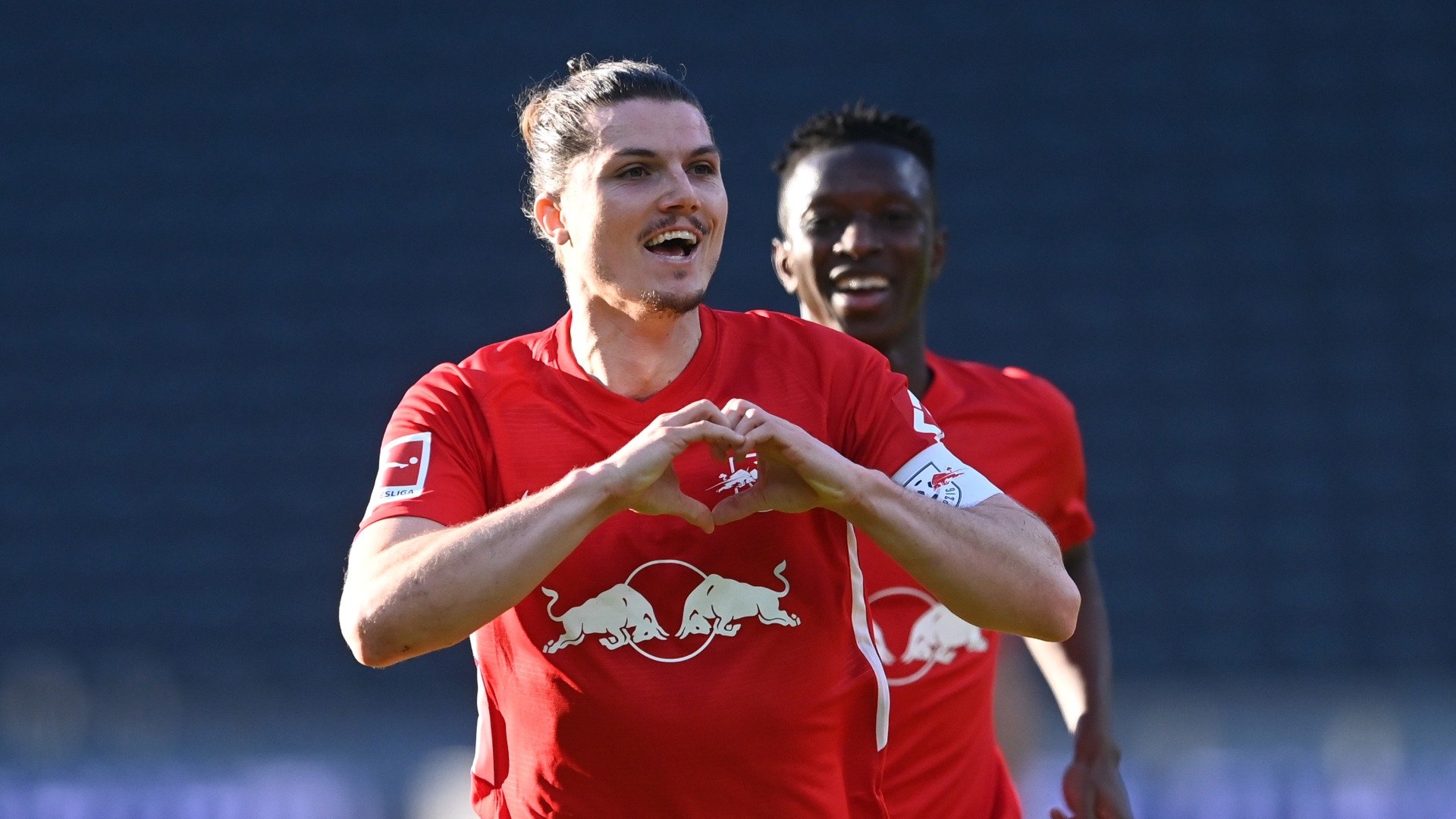 Leipzig declare title 'duel' with Bayern as two points separate leading duo