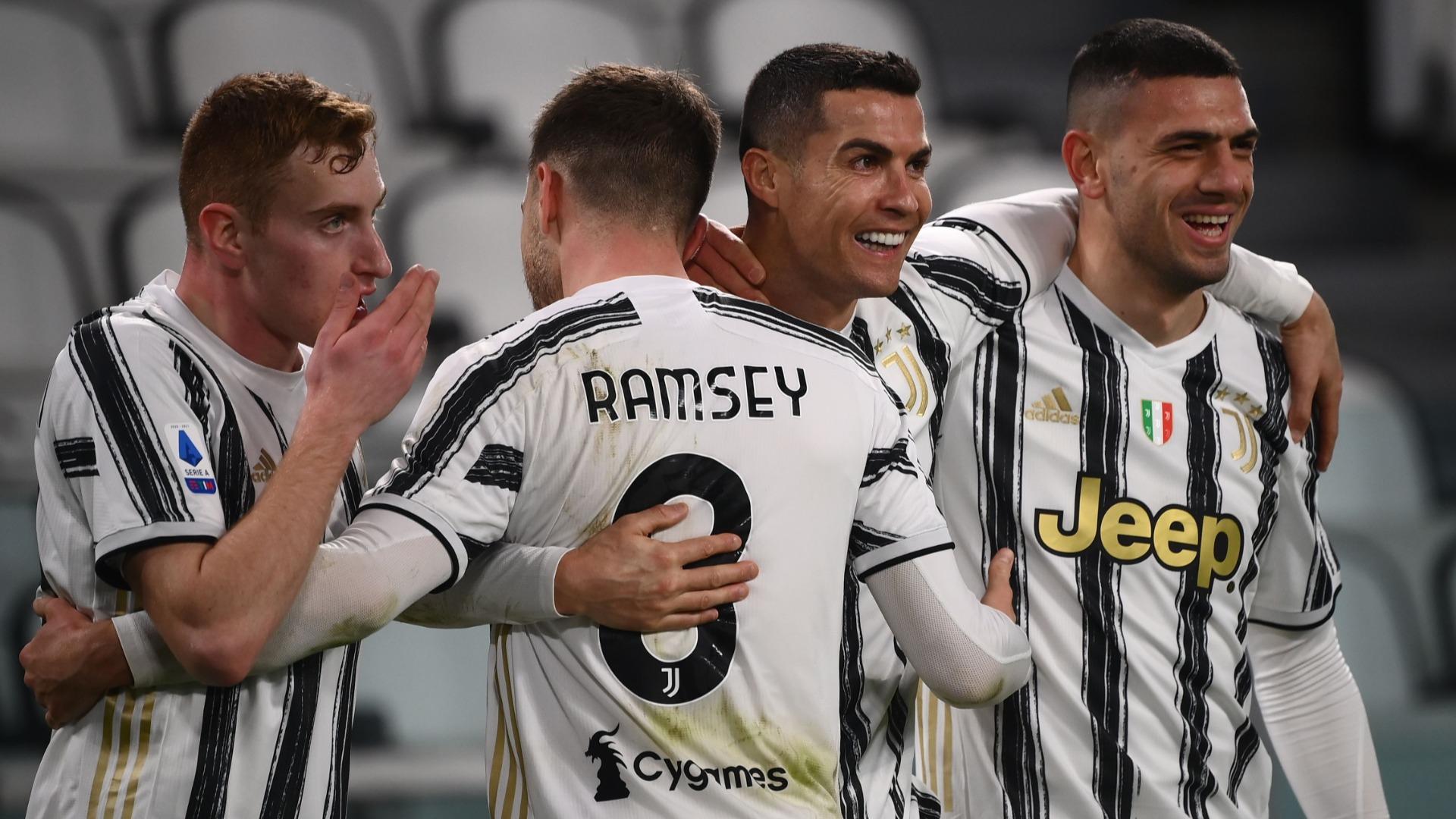 Juventus 3-0 Crotone: Ronaldo at the double as champions go third