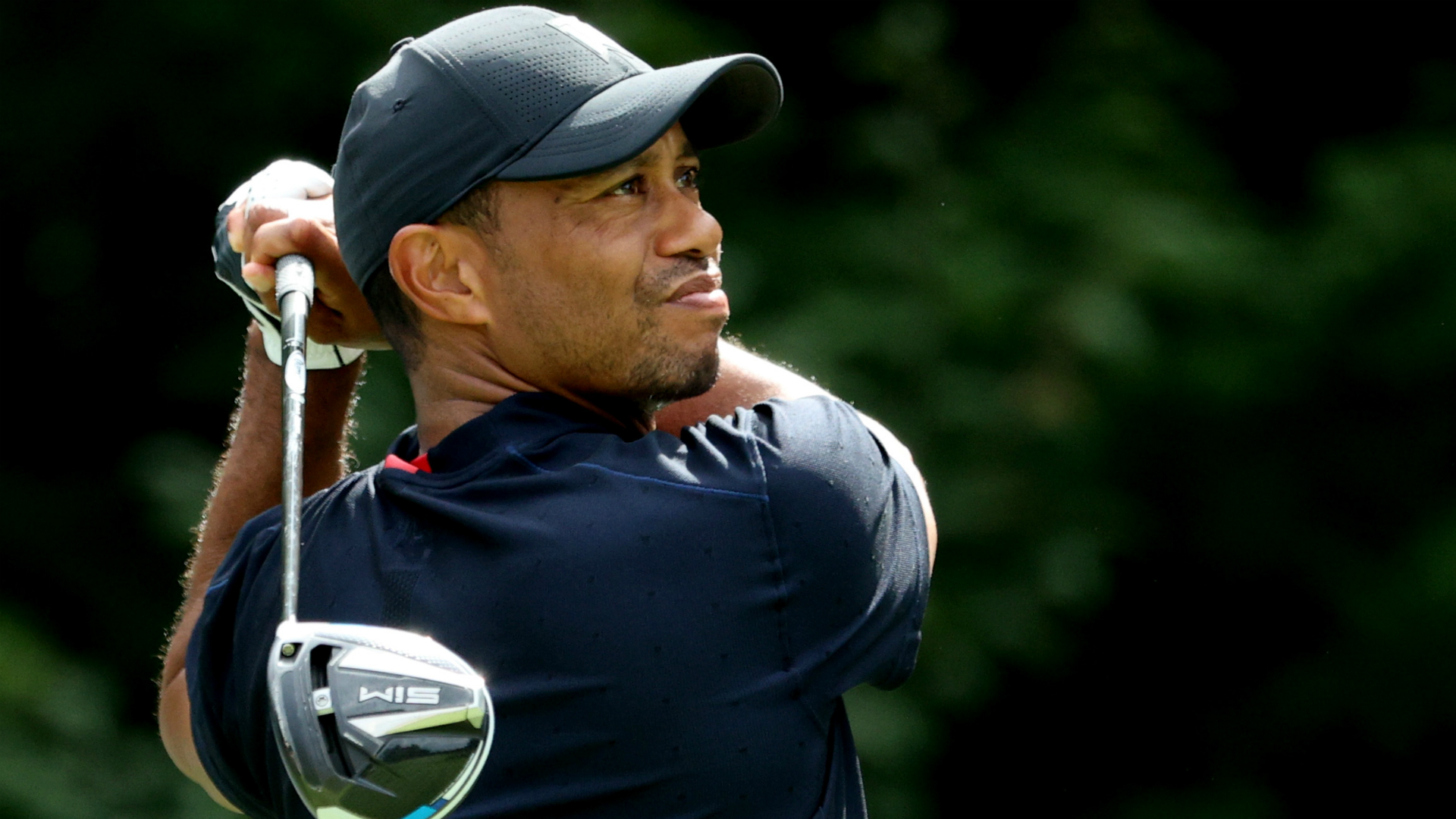 Tiger Woods taken to hospital after vehicle collision