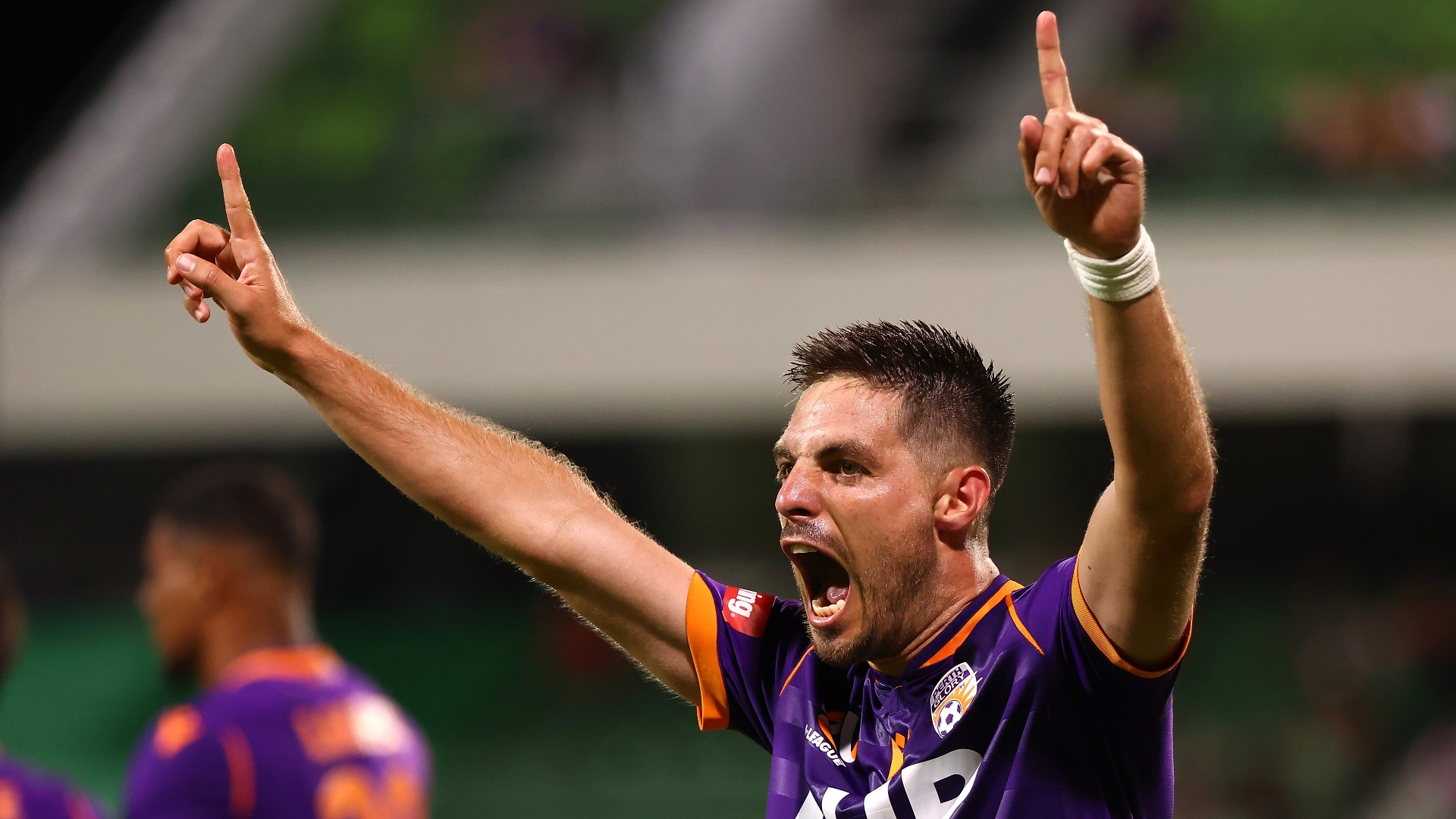 Perth Glory 3-1 Brisbane Roar: Castro and Fornaroli fire for in-form hosts