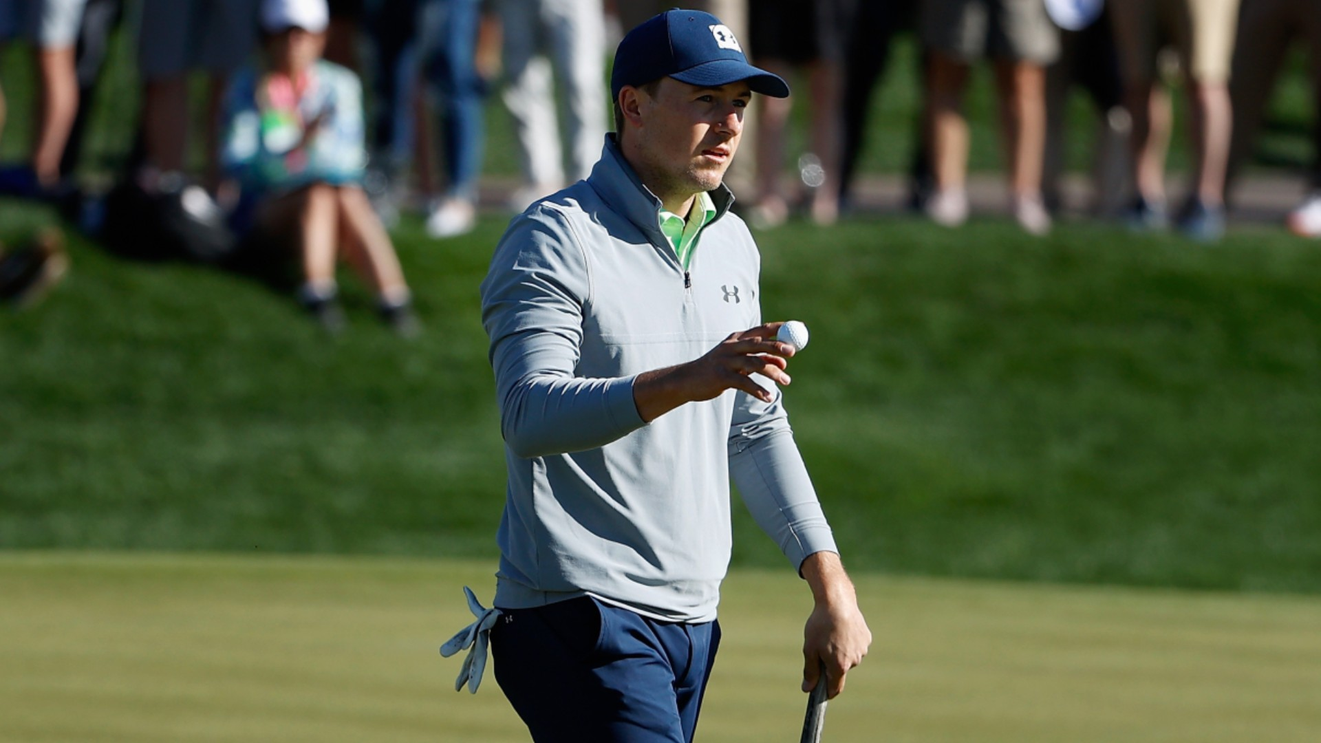 Spieth earns share of Phoenix Open lead in pursuit of drought-ending triumph