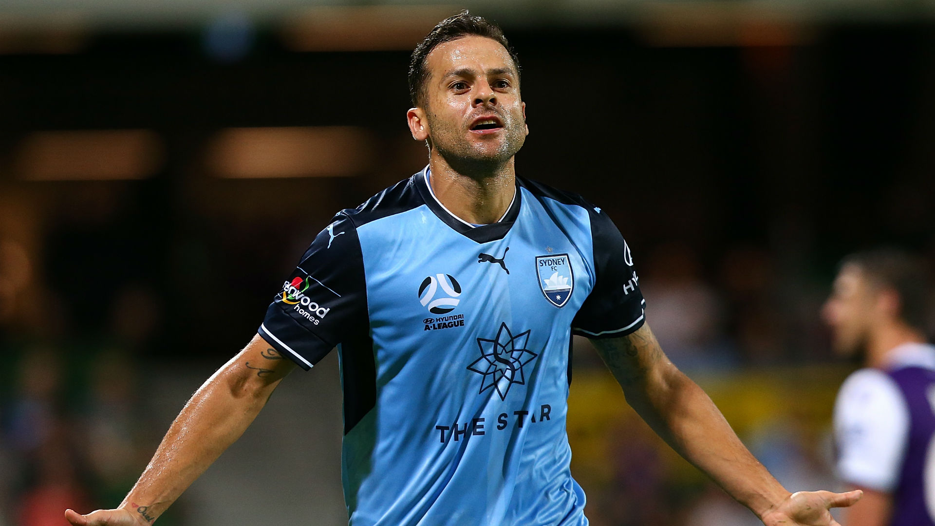 Bobo returns to Sydney FC after prolific first spell