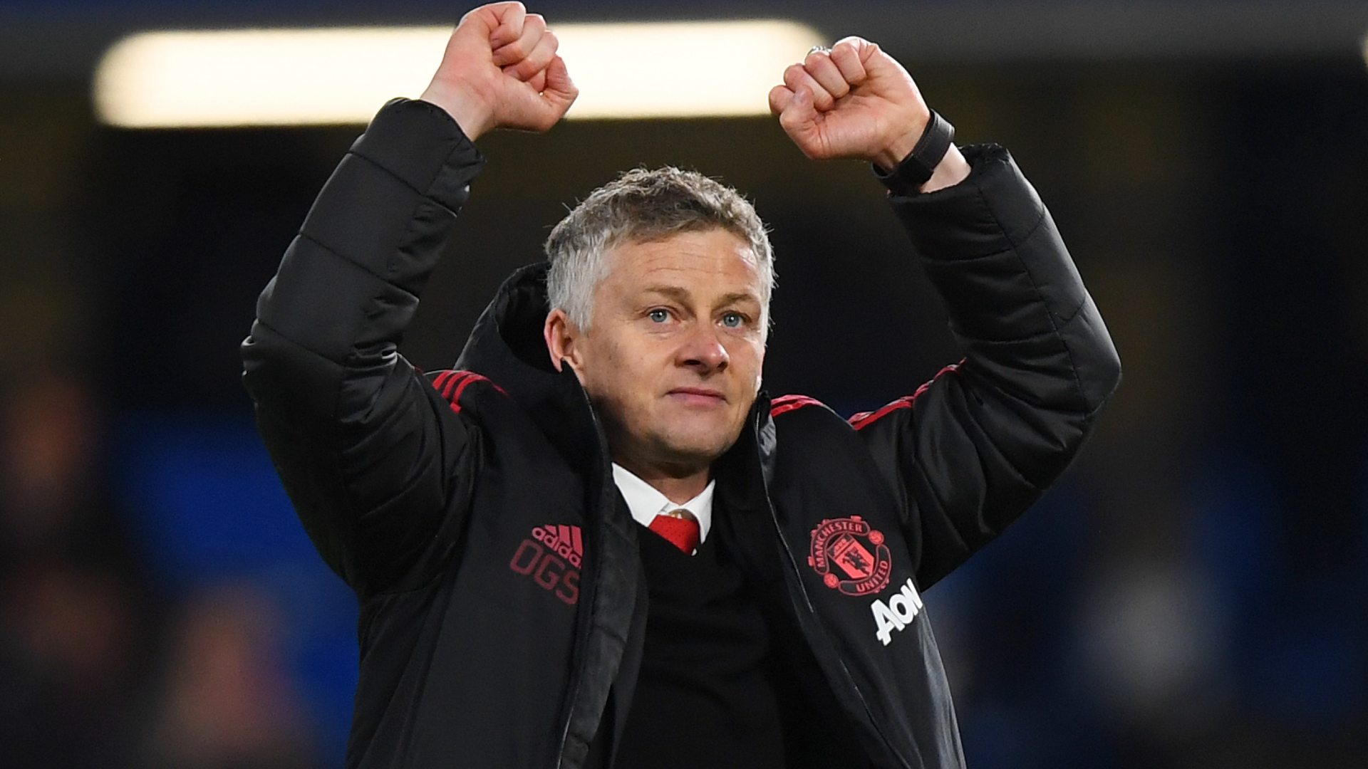 Solskjaer tells Man United to establish themselves as challengers with Premier League summit in sight
