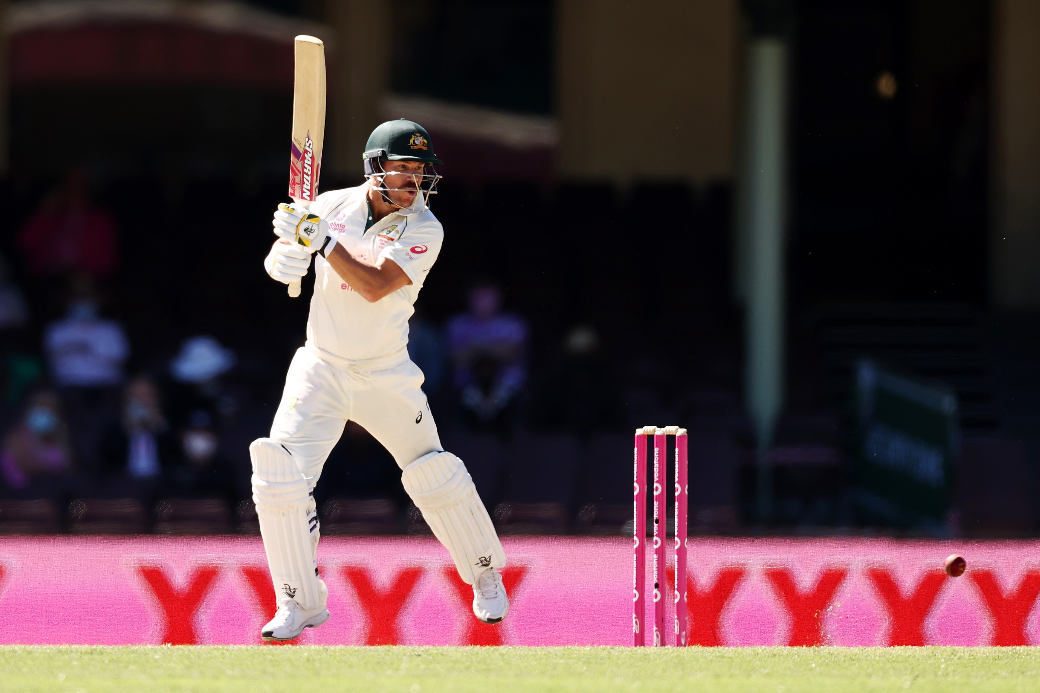 I would expect better from Australian crowd - Warner apologises to India over SCG abuse