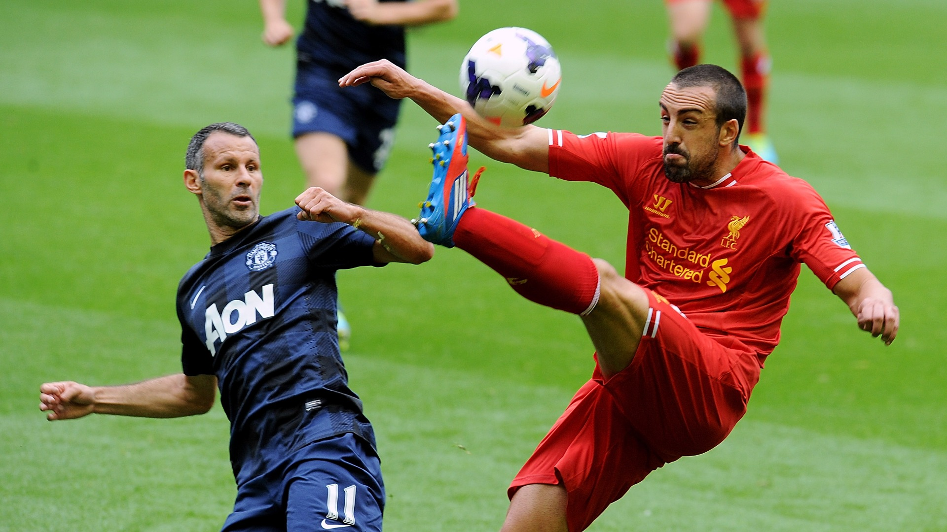 Jose Enrique: It's nice to see Man Utd competitive... as long as Liverpool win the title!