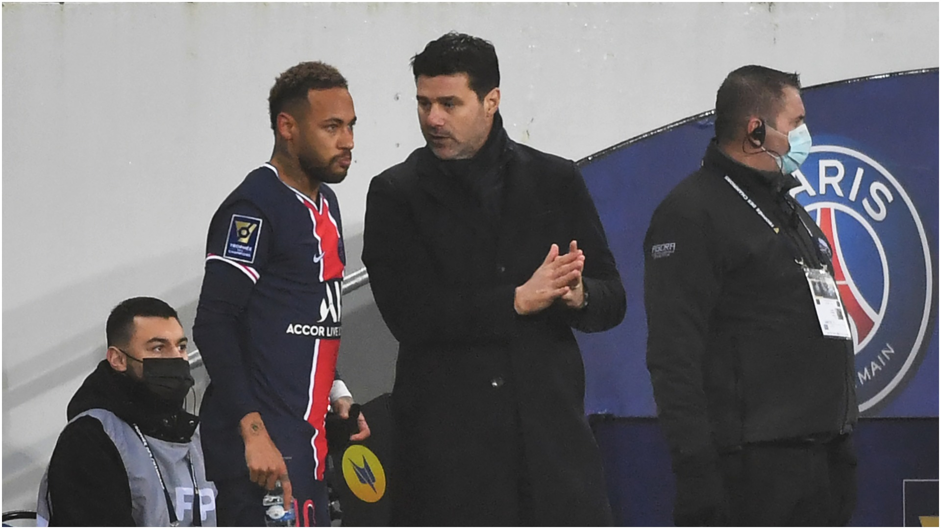 PSG boss Pochettino recognises Tuchel as he claims first managerial trophy
