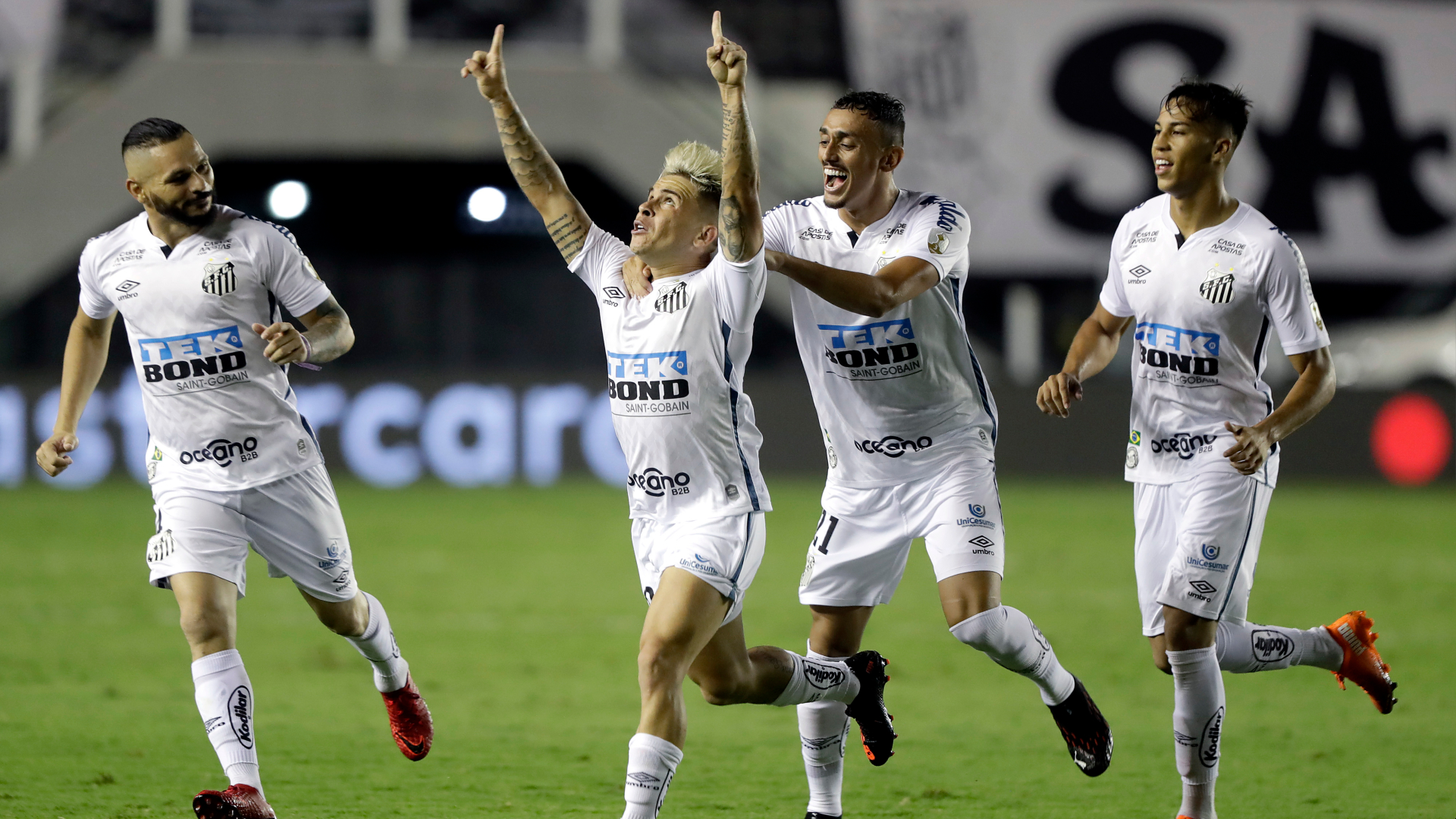 Santos 3-0 Boca Juniors (3-0 agg): Copa Libertadores final to be all-Brazilian affair