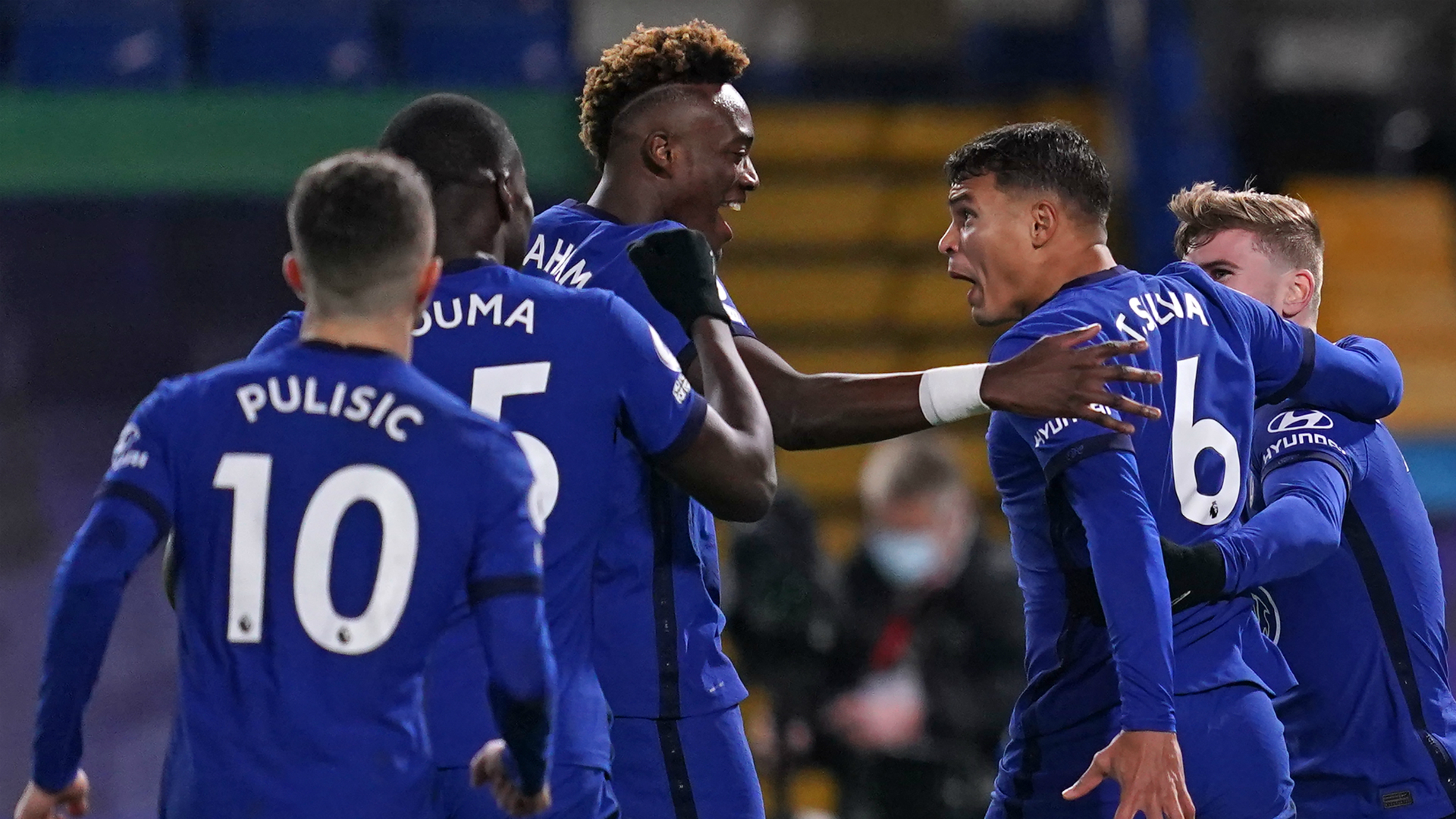 Lampard reveals Chelsea stars will practise celebrations after ban on hugs