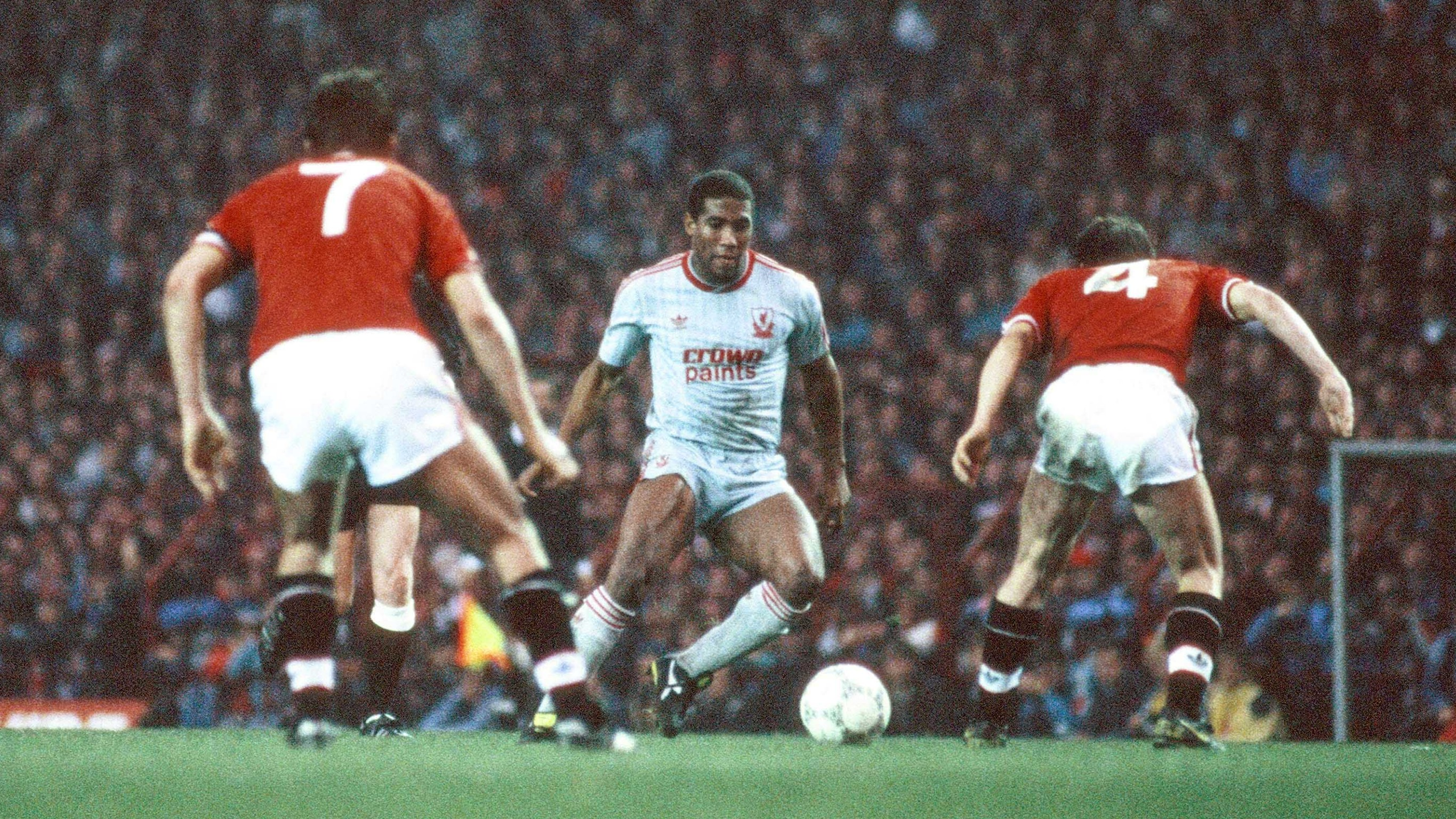 Liverpool great John Barnes tips Man United to fall from their perch