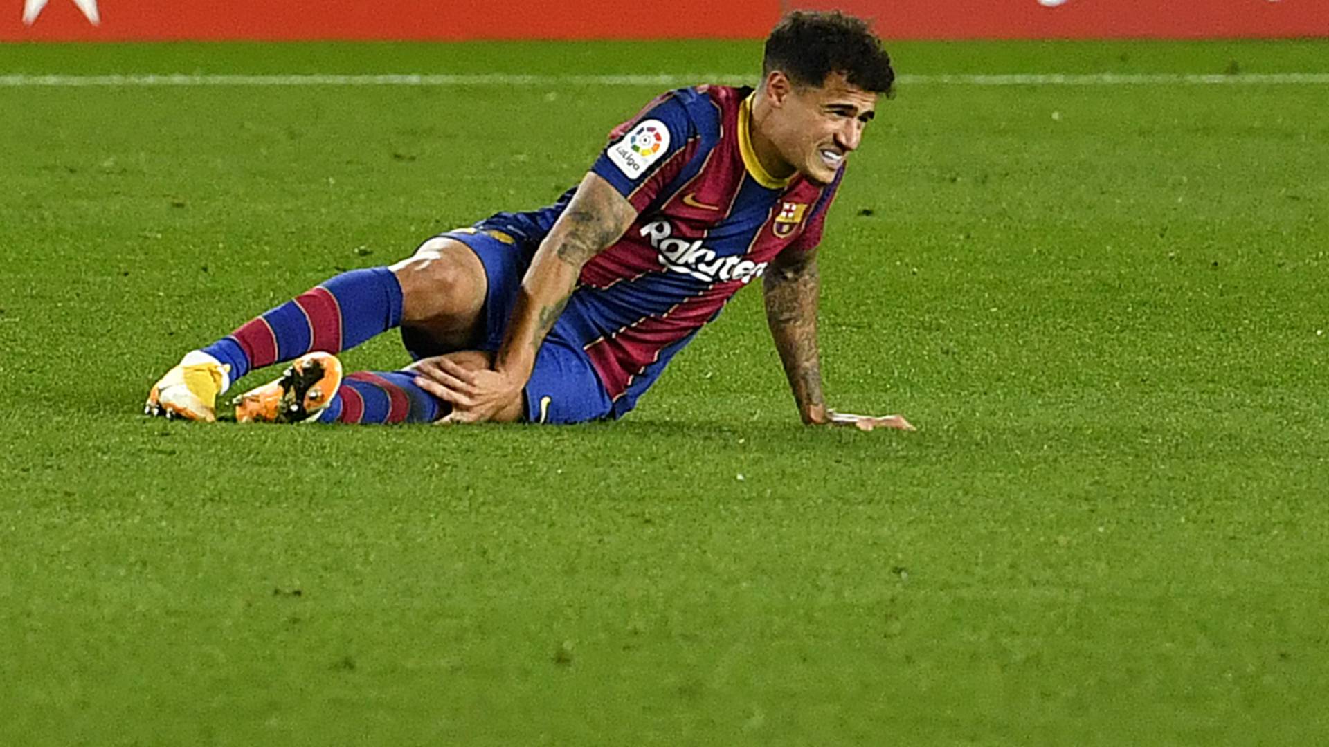 Barcelona announce Coutinho surgery date amid reports of lengthy absence