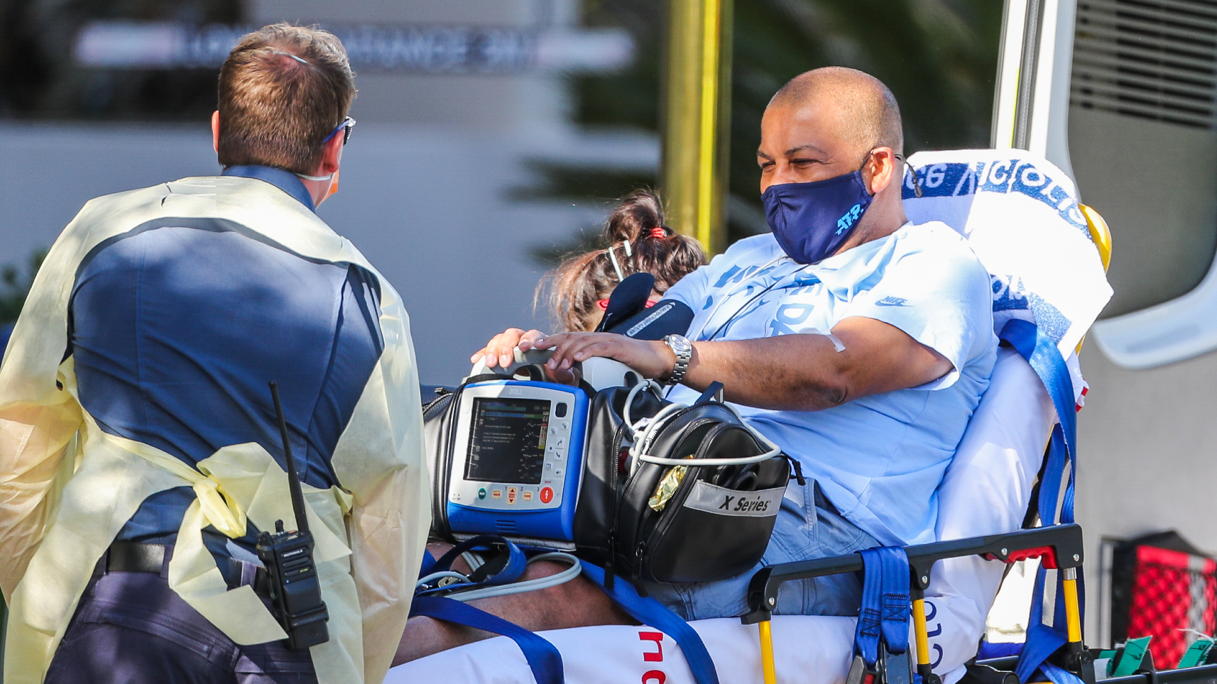 Australian Open umpire Bernardes 'recovering well' after heart scare
