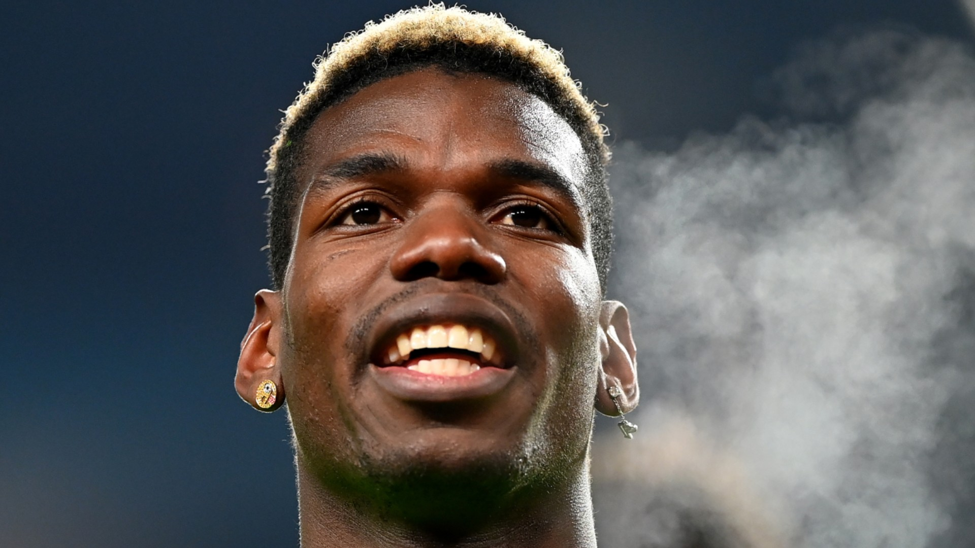 Solskjaer says Pogba's happy again as Man Utd boss hails Cavani