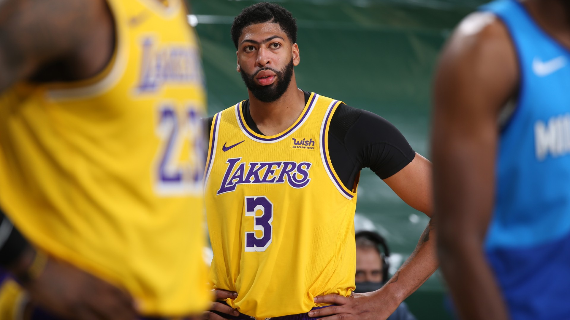 Lakers star Anthony Davis: I suck right now