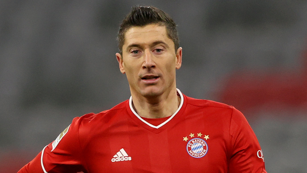 Flick vows Bayern must give Lewandowski every chance to challenge 'role model' Muller