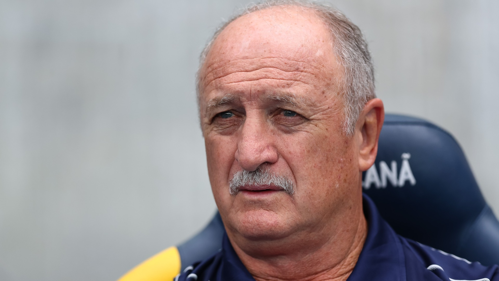 Scolari leaves Cruzeiro after steering them to safety