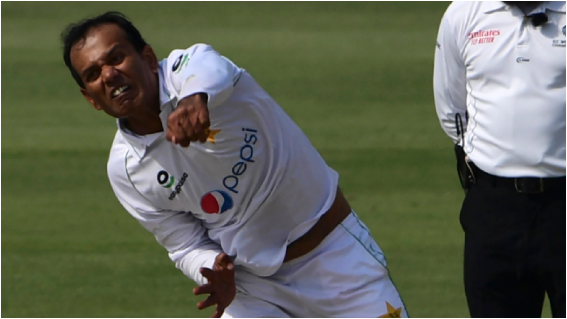 Pakistan see off South Africa after spinners turn the game in Karachi