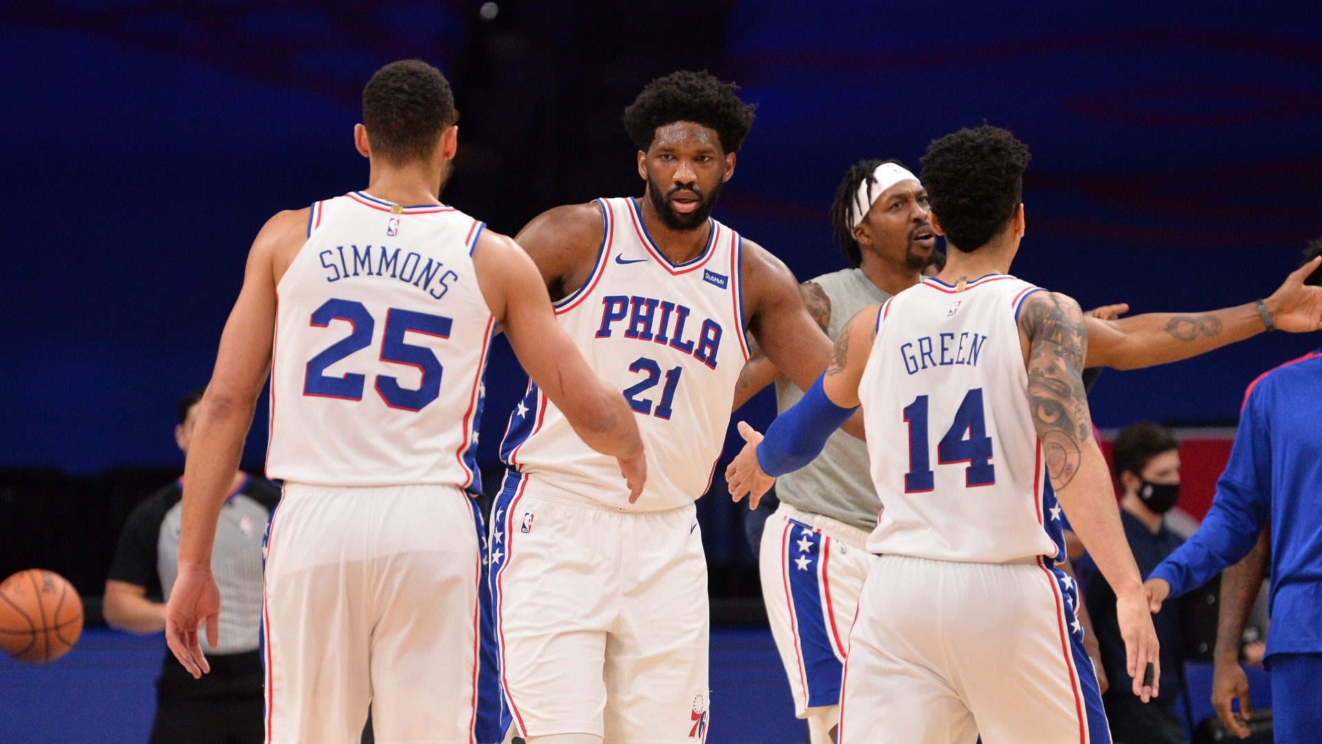 Simmons and Embiid could both be Defensive Player of the Year - Danny Green
