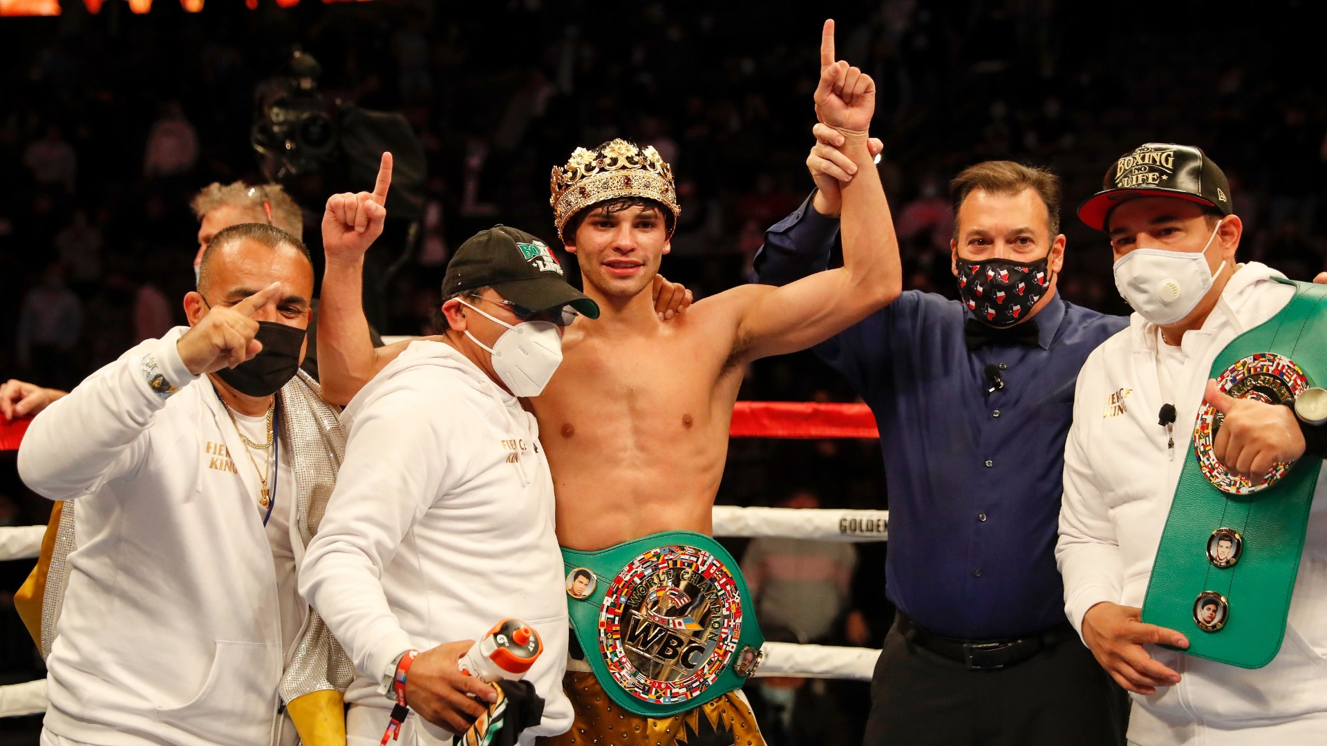 Garcia rises from canvas to knock out Campbell
