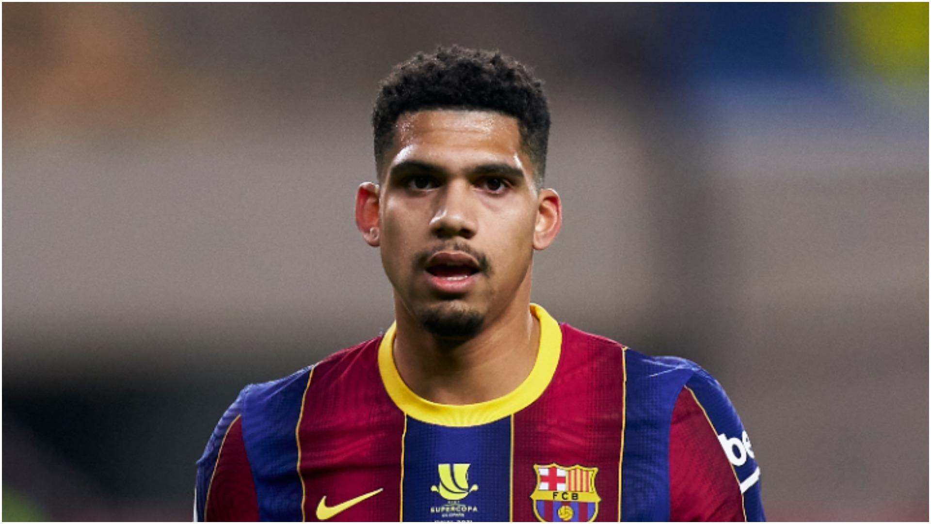 Barcelona stalwart Pique inspiring Araujo