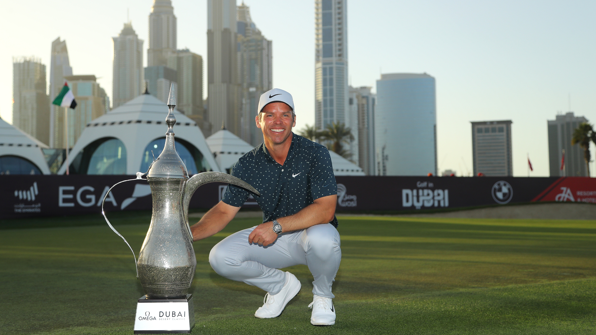 Casey wins by four shots in Dubai for 15th European Tour title