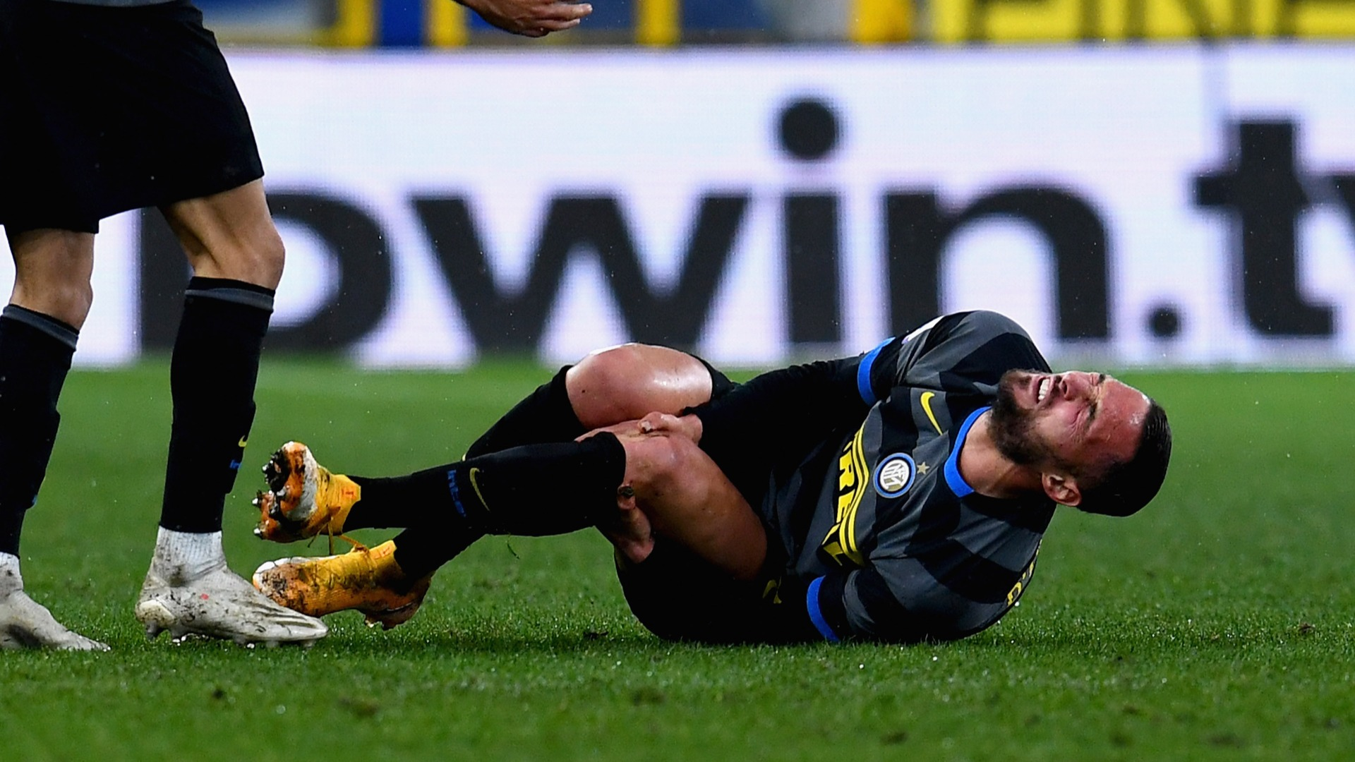 D'Ambrosio strained MCL in Inter defeat