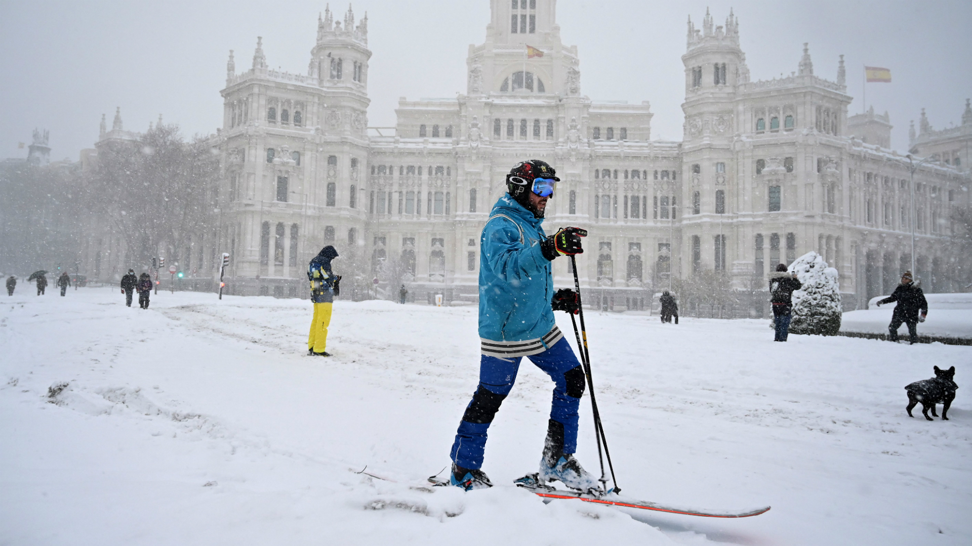 Atletico v Athletic called off as Madrid snowstorm closes airport, leaves roads treacherous
