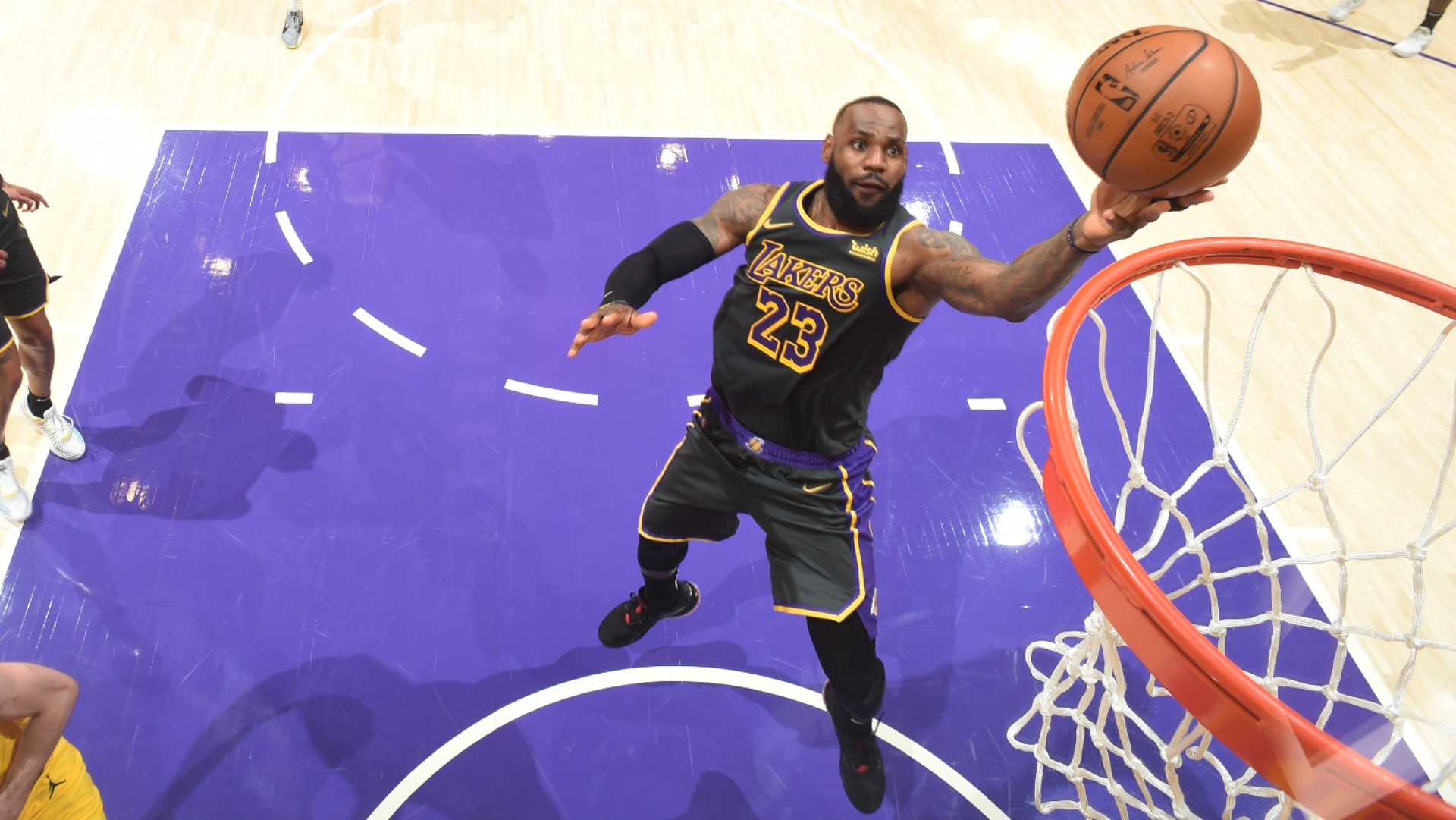 LeBron's Lakers snap skid after All-Star break, Embiid injury overshadows 76ers win
