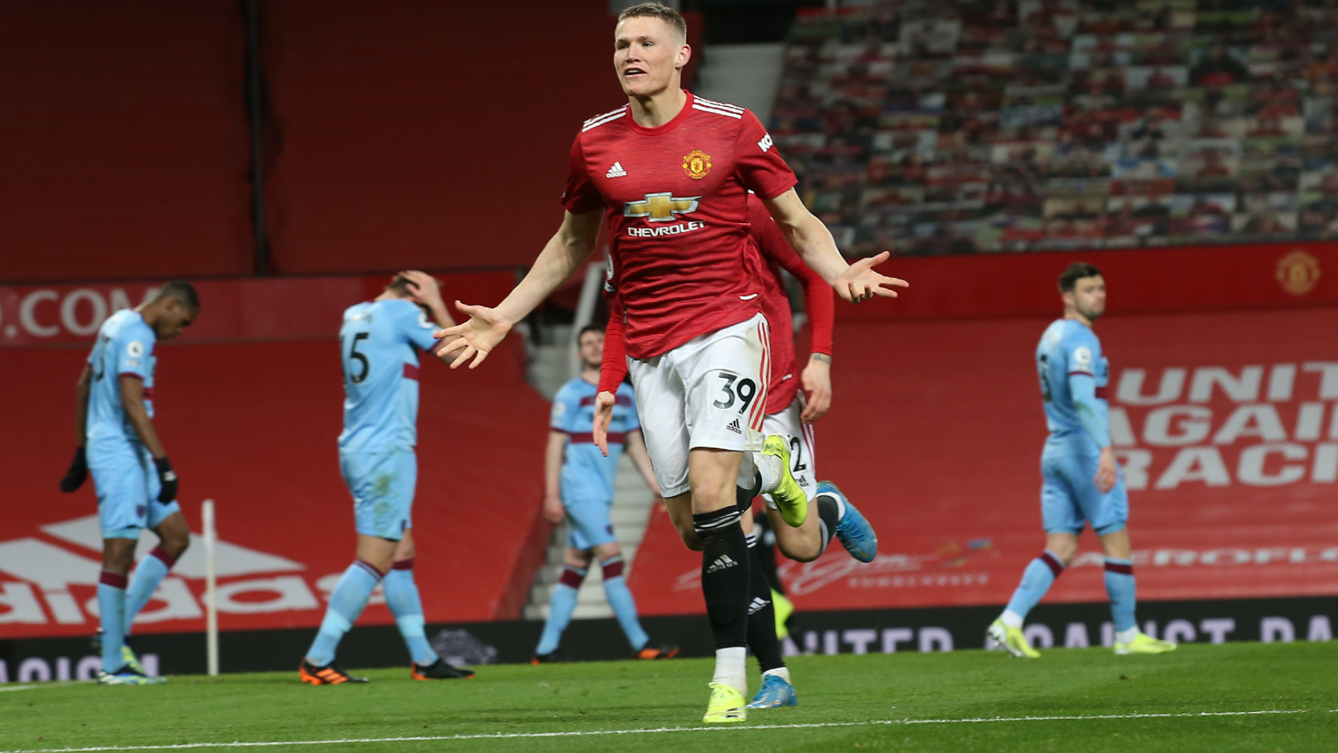 Manchester United 1-0 West Ham: Dawson own goal lifts Red Devils back into  second | EPL News | Stadium Astro