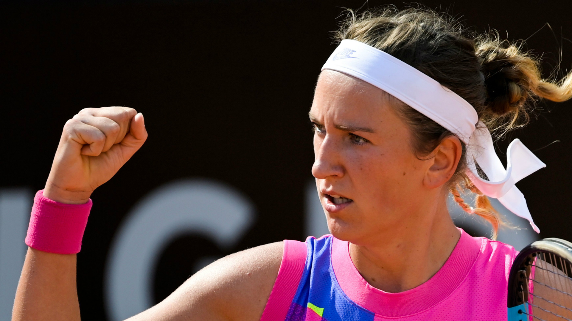 Azarenka overcomes Kuznetsova in Qatar Open first round