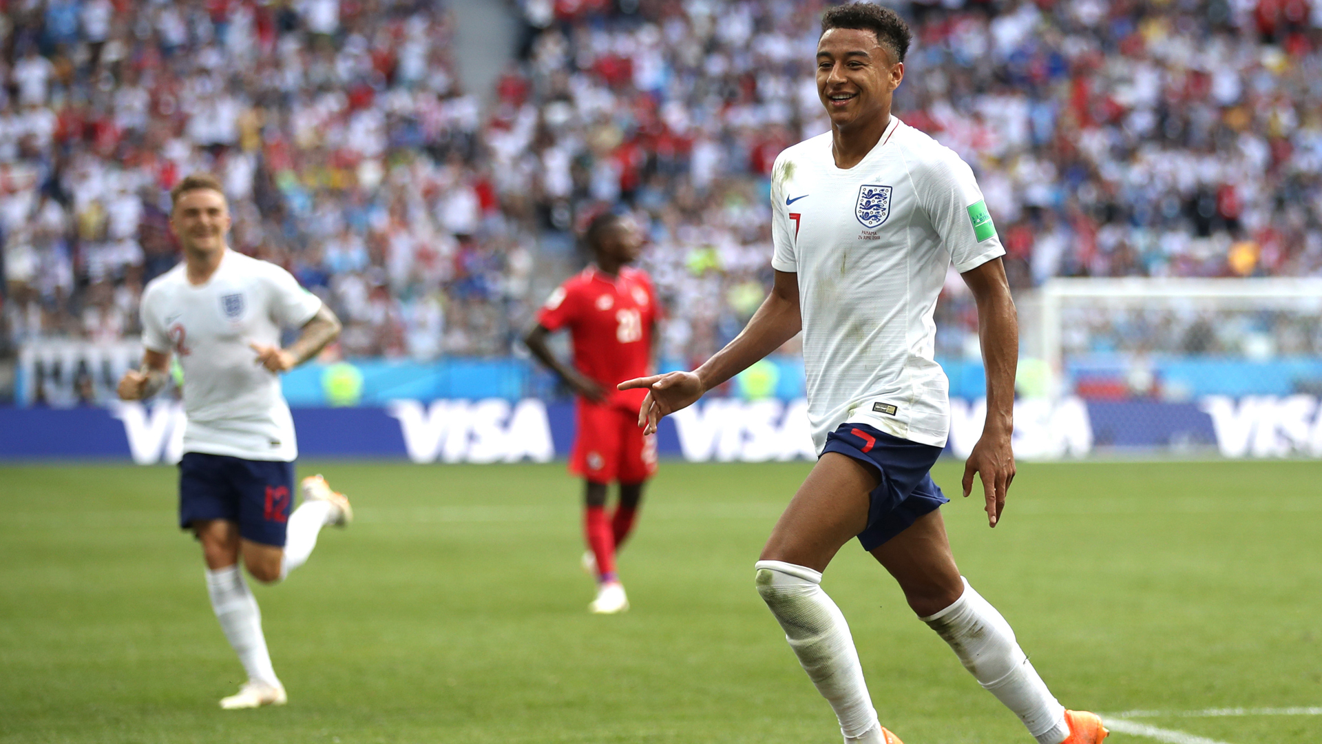 Southgate told me to stay in the Premier League - Lingard thanks England boss for revival