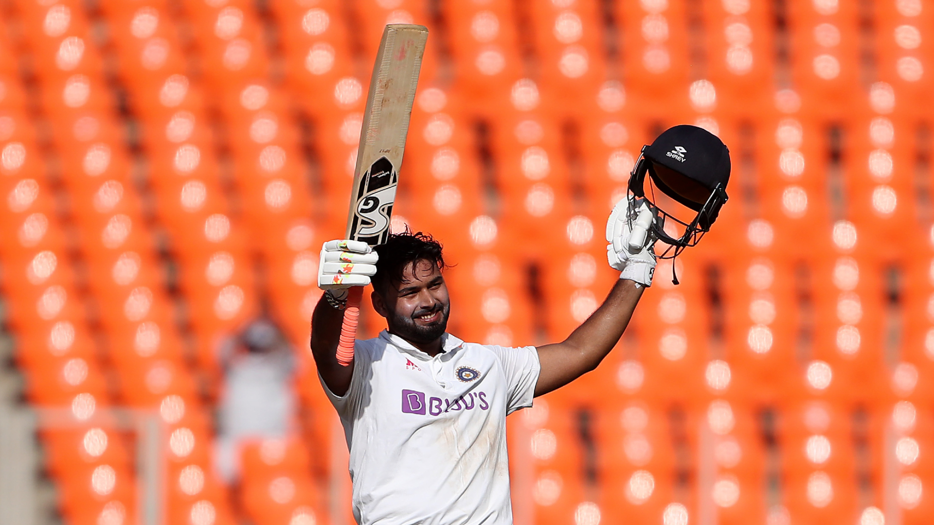 Pant's on fire as India star makes England feel the heat