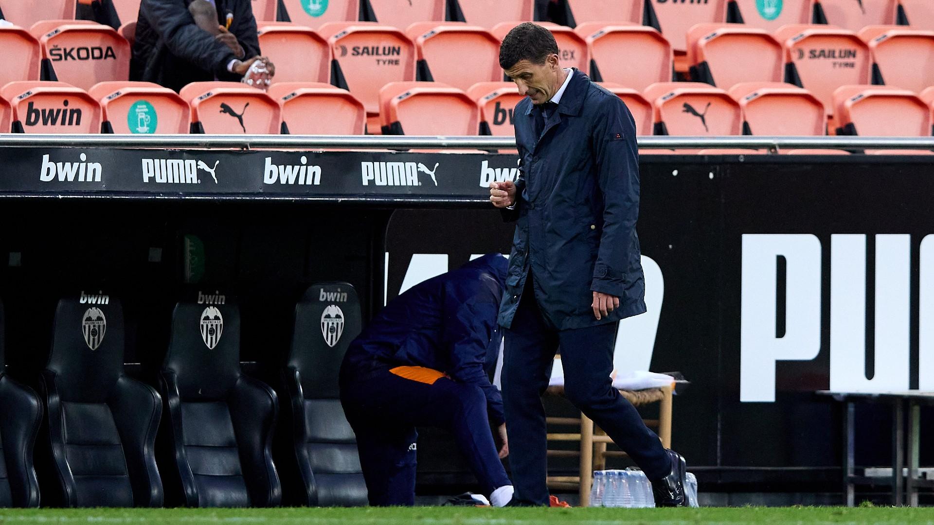Valencia sack Javi Gracia after Barcelona loss