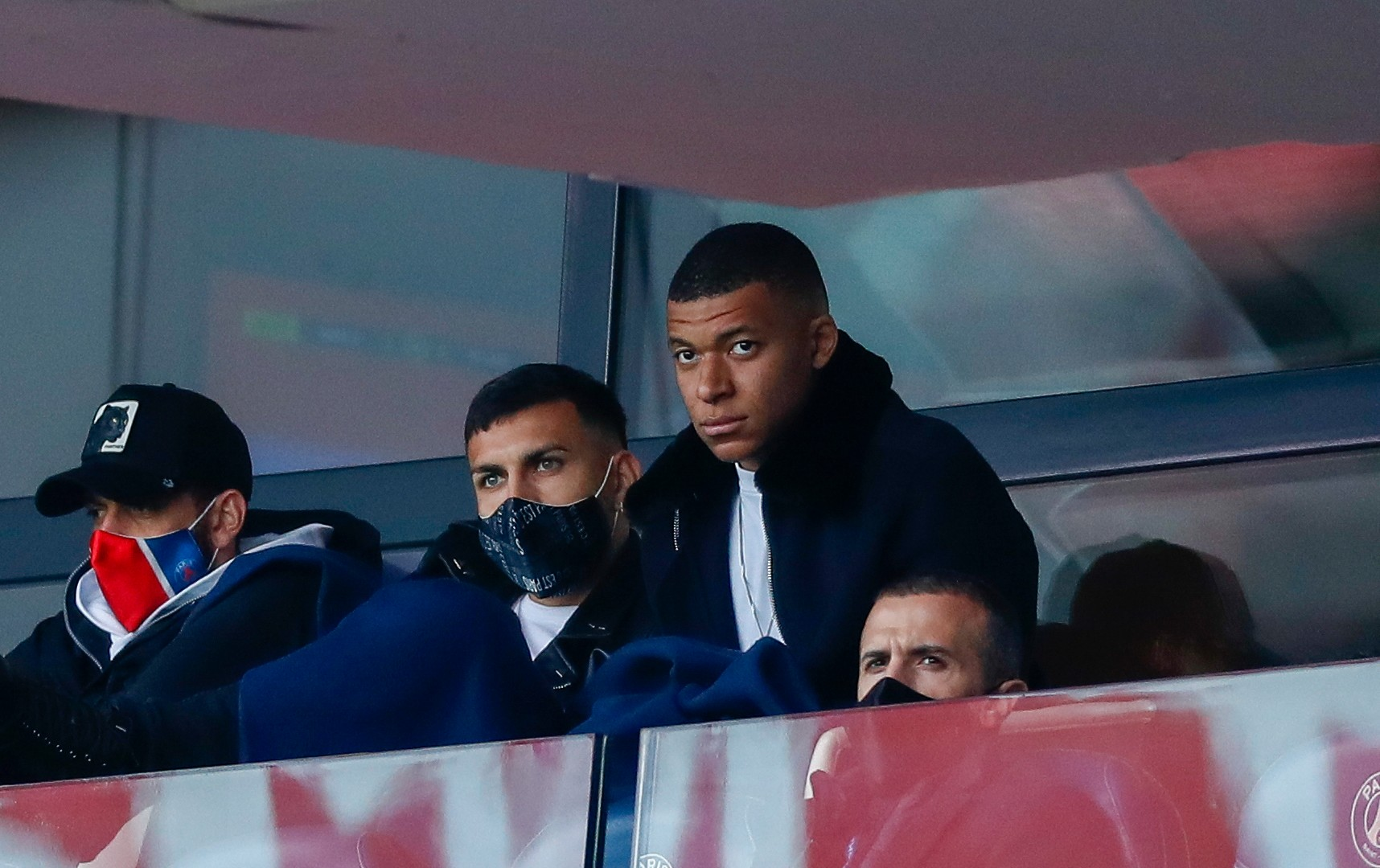 PSG yet to make decision over Mbappe as Pochettino calls for bravery against Man City