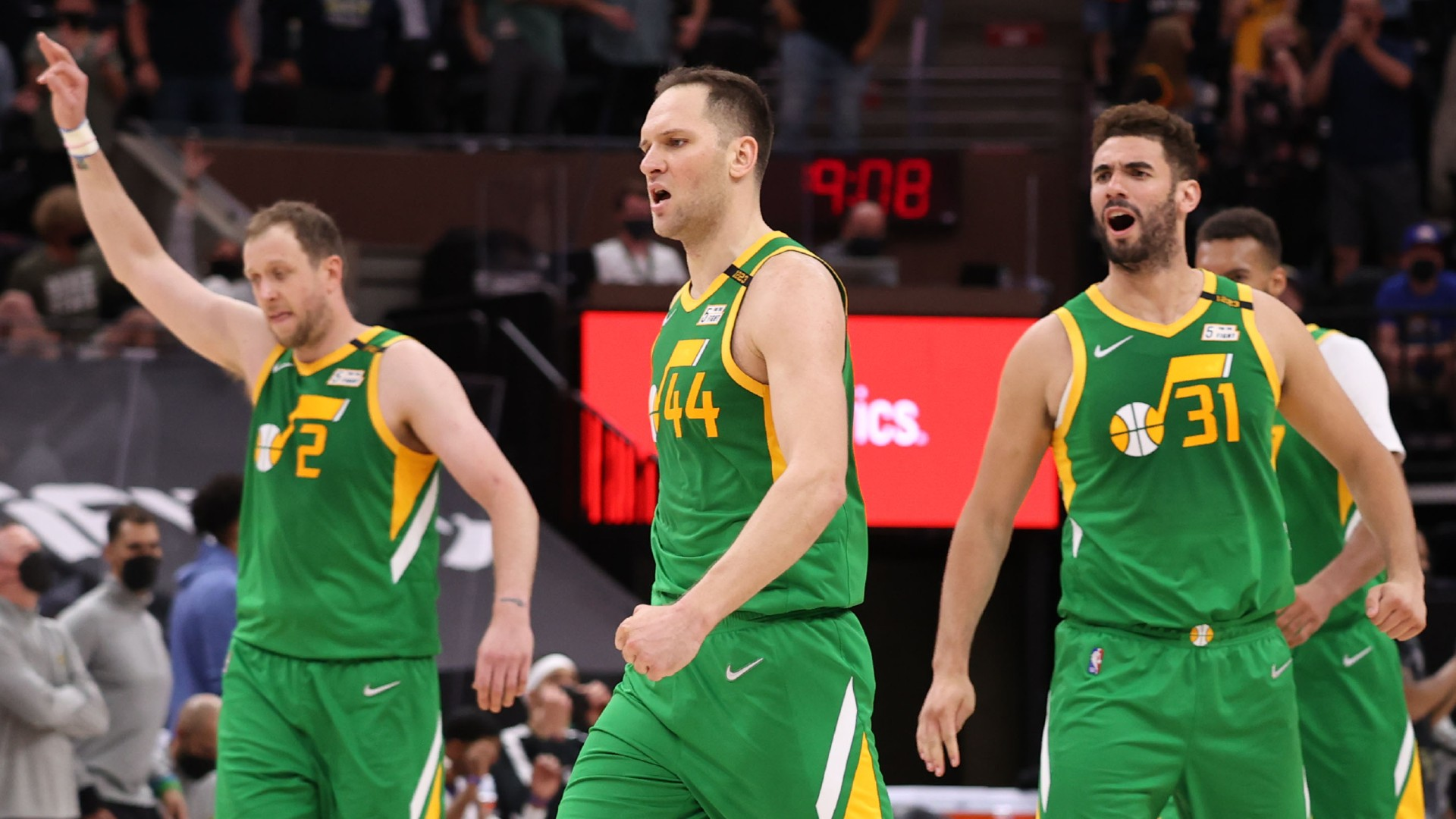Career night for Bogdanovic keeps Jazz on top in West as Suns rally past Knicks