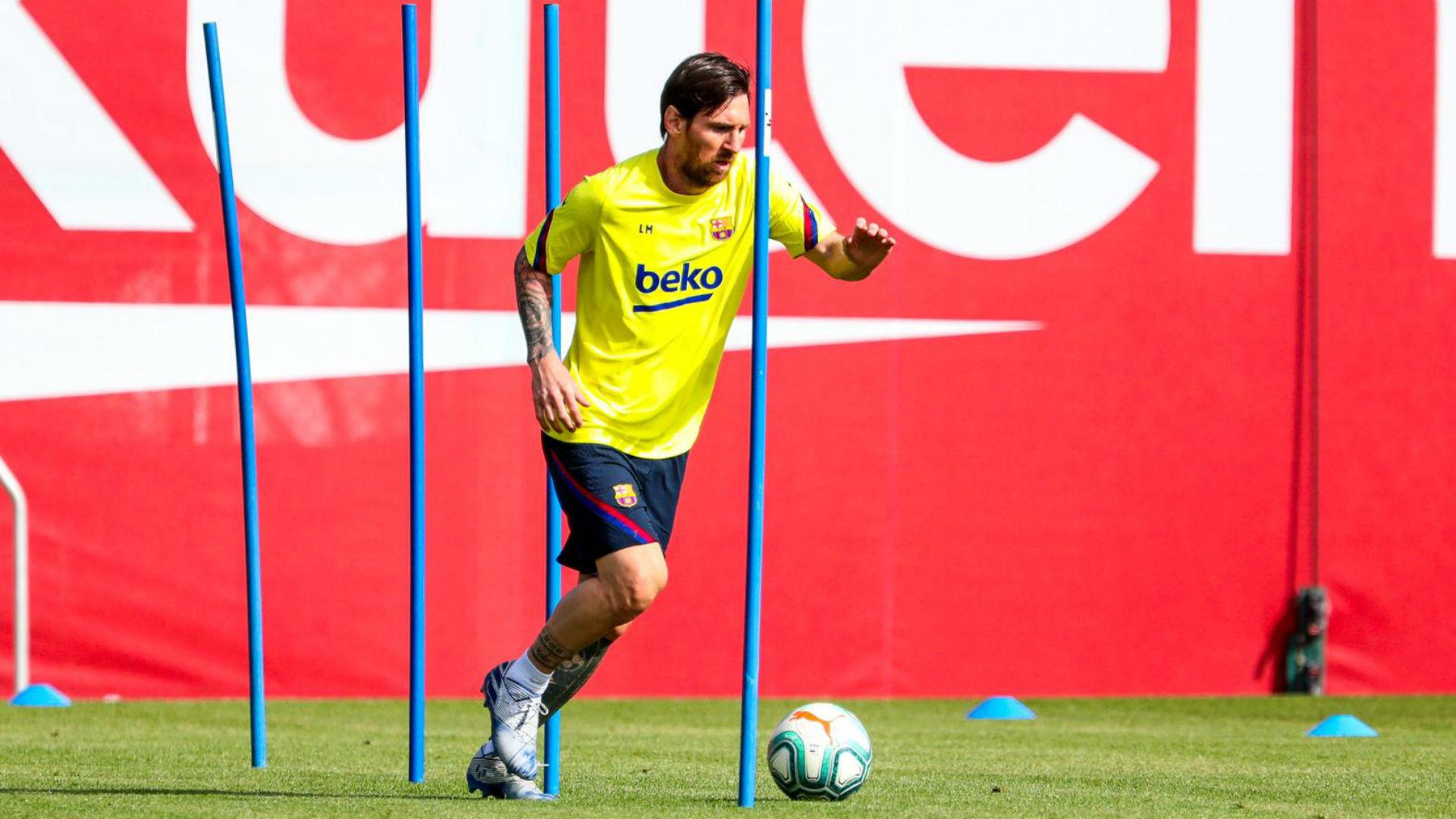 Messi Suarez Dan Seluruh Pemain Barcelona Kembali Jalani